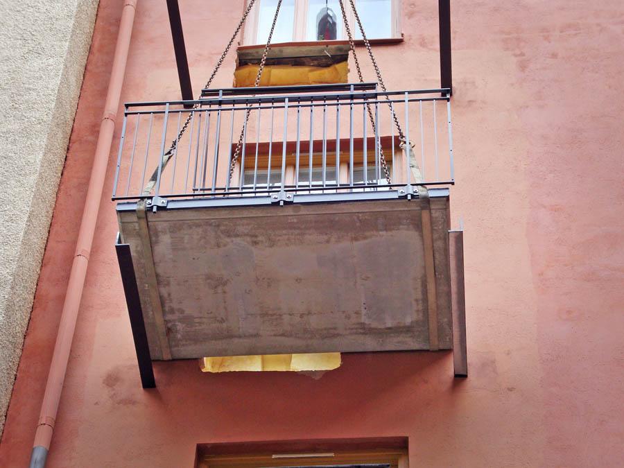 Installation av ny balkong