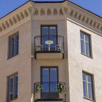 Balkongbygge äldre fastighet Stockholm